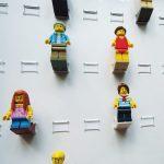 Ramka z pleksą na figurki LEGO