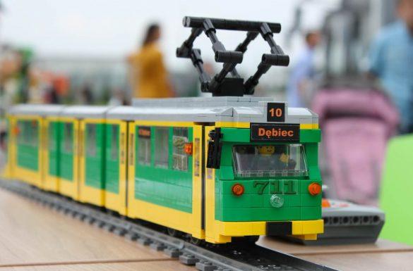 Tramwaj Duwag GT8 z klocków LEGO, fot. mateuszbuduje.pl