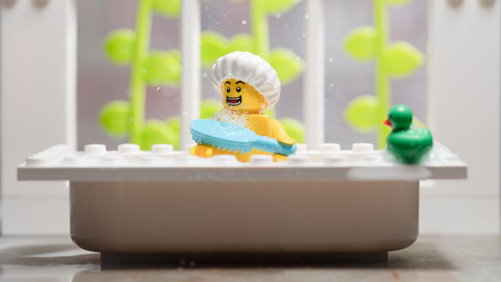 fot. brickcentral.net/cmf-series-19-review