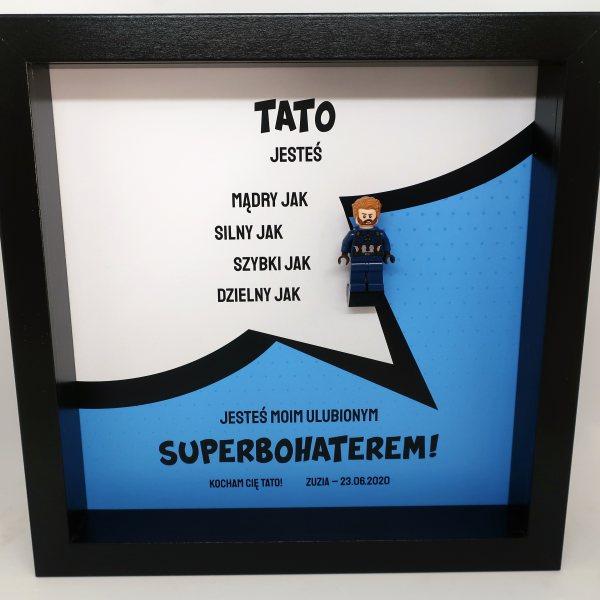 Tata Superbohater - jedna figurka